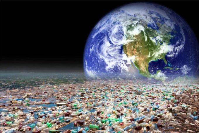 La-inmensa-y-eterna-huella-de-la-humanidad-en-la-Tierra-Los-plásticos-696x464