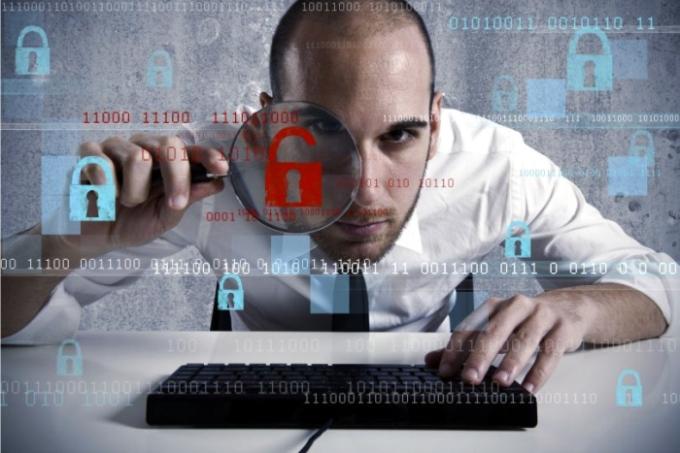 Tener-un-asesor-en-tecnología-y-seguridad